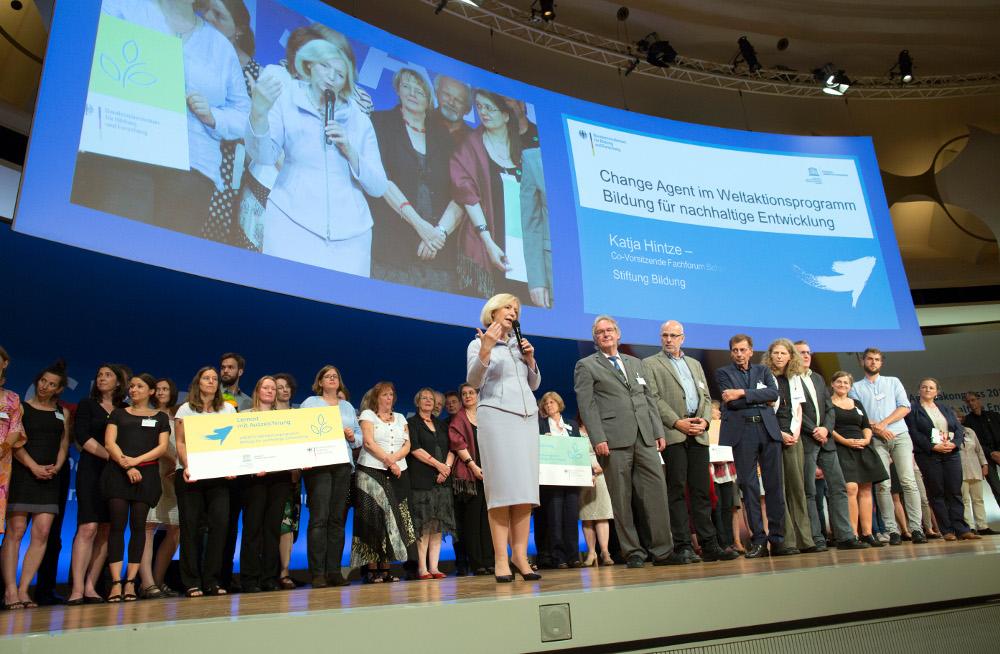 Gruppenfoto bei der BNE Auszeichnung