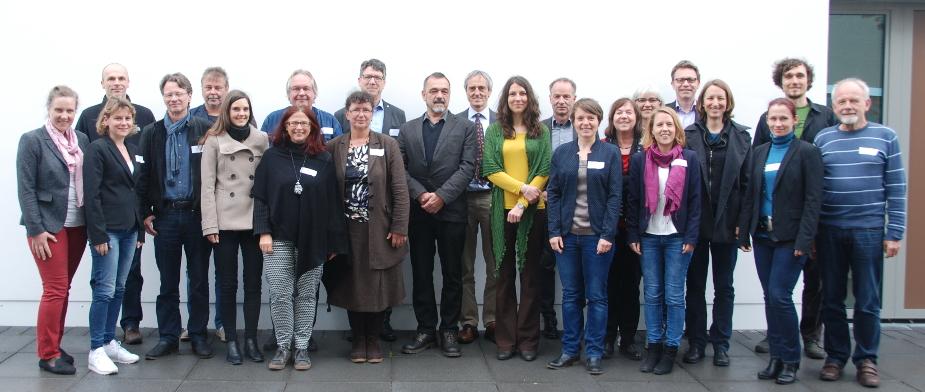 Gruppenfoto beim BNE-Kommunen-Netzwerktreffen nahe Ulm.